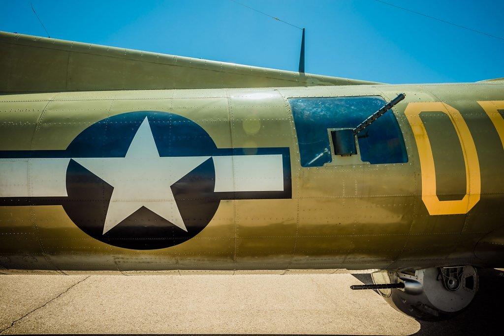 b-17-b-24-0415-090.jpg